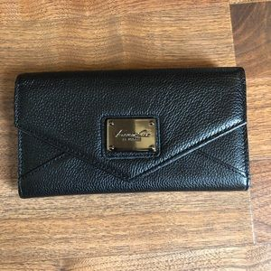 Kenneth Cole Black Pebbled Leather Large Wallet